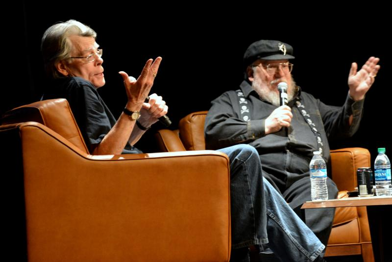 Stephen King & George RR Martin, photo by Linda Carfagno
